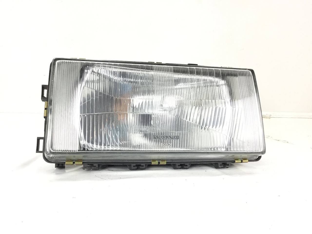 Volvo 940 944 960 964 Kombi 965 1988 On Headlamp Headlight Left Passenger Side