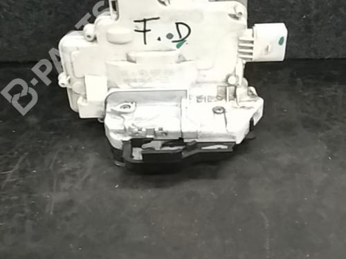 FA6-4F1837016 Høyre foran lås A3 (8P1) 1.9 TDI (105 hp) [2003-2010] BXE 6148562