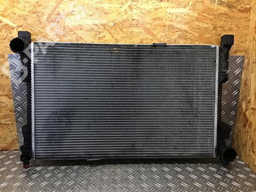 MERCEDES-BENZ: A2035001103 Radiador agua C-CLASS Coupe (CL203) C 220 CDI (203.706) (143 hp) [2001-2004] OM 611.962 7159572