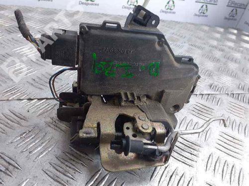 Serrure avant gauche A6 (4B2, C5) 2.4 (165 hp) [1997-2005]  6452046