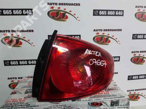 Feu arrière droite SEAT ALTEA (5P1) 1.9 TDI 5P0945096E   5P0945112B   30158890