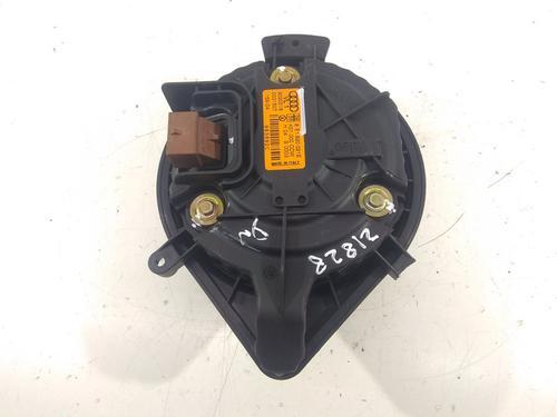 Motor calefaccion AUDI A4 (8E2, B6) 1.9 TDI (130 hp) 8E1820021E   6 PINES   CONECTOR MARRON  
