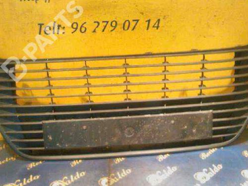Rejilla delantera AUDI A4 (8K2, B8) 2.0 TDI  30951540