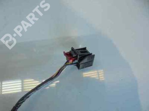 Außenspiegel rechts AUDI A3 (8V1, 8VK)  8V1857410F | NEGRO | ELECTRICO 6 CABLES | 32739228