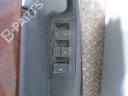 Venstre fortil elrude kontakt A4 Convertible (8H7, B6, 8HE, B7) 2.5 TDI (163 hp) [2002-2005] BCZ 6572319