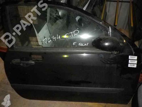 Right Front Door FOCUS (DAW, DBW) 1.8 TDCi (100 hp) [2002-2004]  5342317