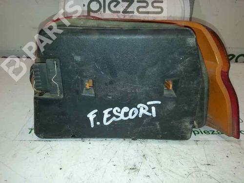 Piloto trasero izquierdo FORD ESCORT VI (GAL) 1.8 D  31094080