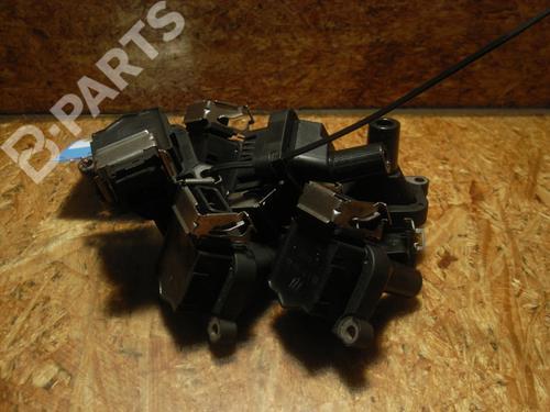 BOSCH: 0221504004 , BMW: 12131404309 , 12131703227, 12131703825, 12131748018, 1404309, 1703227, 1703825, 1748017, 1748018, 7599219 Bobina encendido 5 Touring (E39) 520 i (150 hp) [1997-2001] M52 B20 (206S4) 5556276