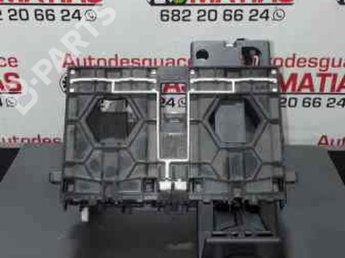 Instrumentbord AUDI A3 (8P1) 1.9 TDI 8P0858005B | 25217 | X | 36126986