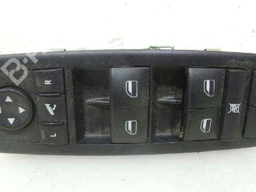 04602534AE | 04602534AE | Mando elevalunas delantera derecho CHEROKEE (KK) 2.8 CRD 4x4 (177 hp) [2008-2021] ENS 6337179