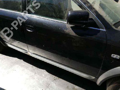 Right Front Door AUDI ALLROAD (4BH, C5) 2.5 TDI quattro  32064855