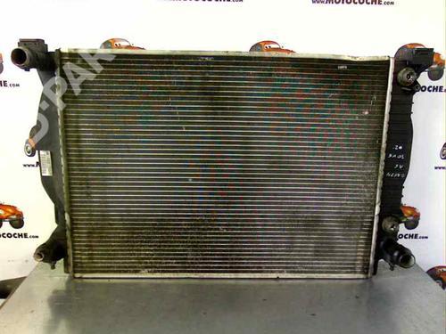 Radiador de água AUDI A6 (4B2, C5) 3.0 8E0121251M 12957314
