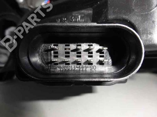 Right Headlight 4B0941030N AUDI, A6 (4B2, C5) 2.5 TDI (155hp), 2001-2002-2003-2004-2005 12835769