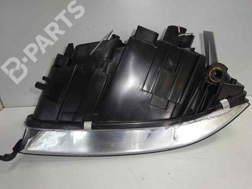 Right Headlight 4B0941030N AUDI, A6 (4B2, C5) 2.5 TDI (155hp), 2001-2002-2003-2004-2005 12835770