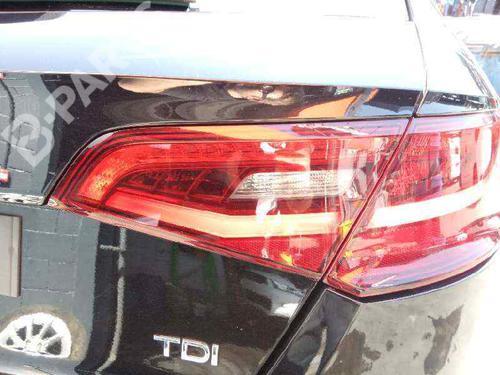 8V4945094A | 104LLI051 | Farolim direito da mala A3 Sportback (8VA, 8VF) 2.0 TDI (150 hp) [2012-2020] CRBC 3436242