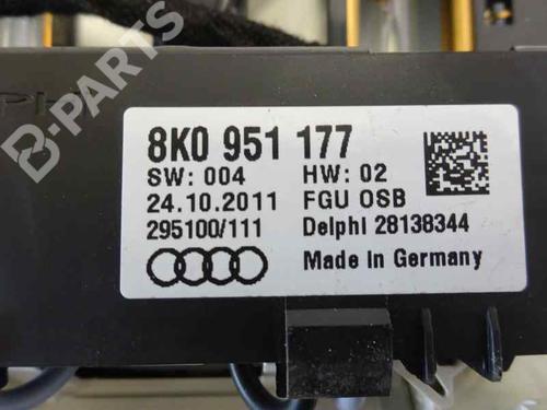 Plafoniera AUDI A4 Avant (8K5, B8) 3.0 TDI quattro 8T0947135B | 8K0951177 | 39677400