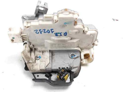 Venstre fortil lås AUDI A6 (4F2, C6) 3.0 TDI quattro 4F1837015E | CRDVW1045 | EZCAU019 | 34453180