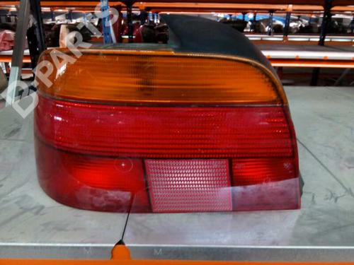 Farolim direito BMW 5 (E39) 520 i  8414698