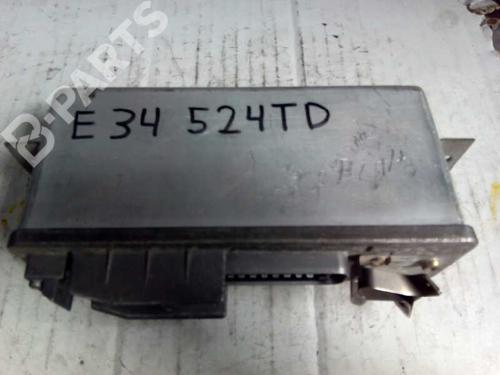 0265100032 | E3-A2-46-3 | Centralina do motor 5 (E34) 520 i 24V (150 hp) [1990-1995]  1164639