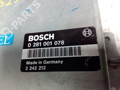 Centralina do motor BMW 5 (E39) 525 tds 0281001078 8415330