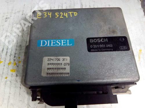 Centralina do motor BMW 5 (E34) 524 td 081001063 8415354