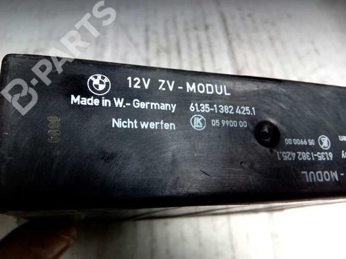 Centralina fecho central BMW 3 (E36) 325 tds 61351382425 8415381