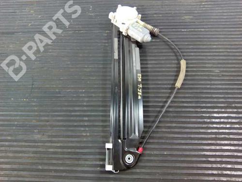 Elevador vidro trás direito BMW 5 (E39) 530 d 67628360512 8416264