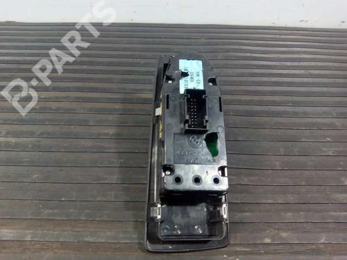 Comutador vidro frente direito BMW 1 (E87) 120 d 697019101 17858942