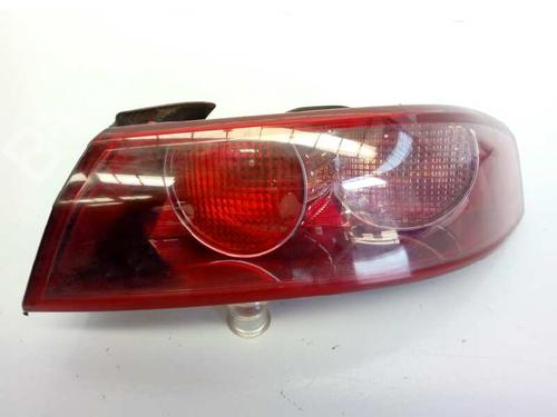 0050504819 | E2-B2-2-1 | Feu arrière droite 159 Sportwagon (939_) 1.9 JTDM 16V (939BXC1B, 939BXC12) (150 hp) [2006-2011] 939 A2.000 1678674