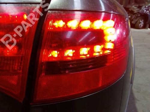 Højre baglygte AUDI A6 Allroad (4FH, C6) 3.2 FSI quattro 4F9945096H 9385608