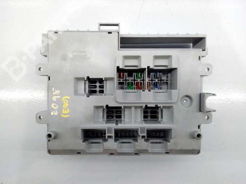 Caixa de fusíveis BMW 3 (E90) 320 i 92969881030101 | E1-A3-15-2 | 17855927