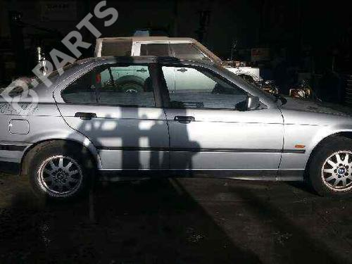 Pára-choques frente BMW 3 (E36) 318 tds 51111960279 | P3-10-B4-1 | 29478220