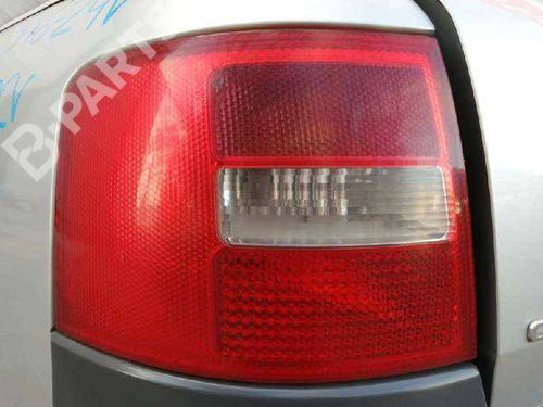 4B9945095DFKZ | Venstre Baklys ALLROAD (4BH, C5) 2.5 TDI quattro (180 hp) [2000-2005] AKE 4910495