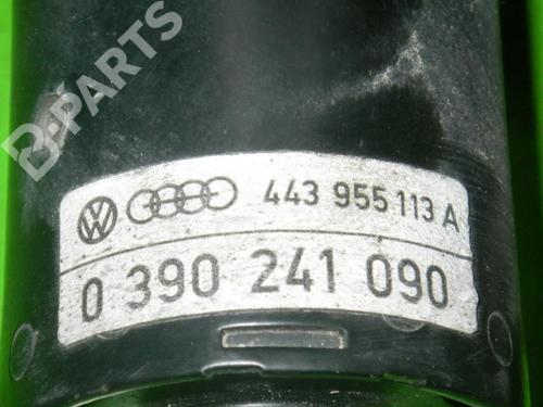 Motor limpia delantero AUDI 100 (44, 44Q, C3) 2.2 AUDI: 443955113A 36208415
