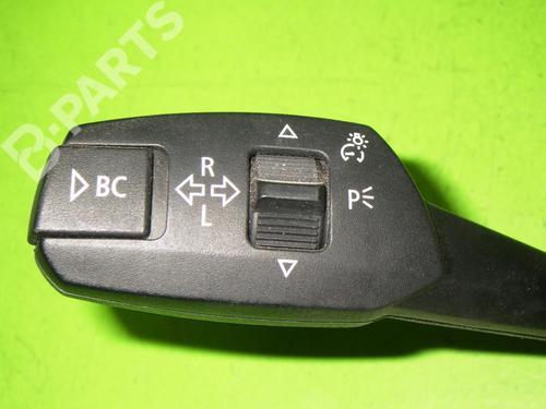 Switch BMW 3 (E90) 320 d BMW: 6989574 35263586