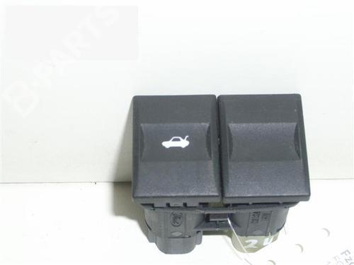 Maneta exterior porton MONDEO III (B5Y) 2.0 16V (146 hp) [2000-2007]  6346323