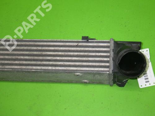 Intercooler BMW 1 (E81) 118 d BMW: 17517524916 35203709