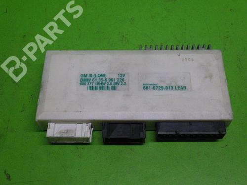 Control unit BMW 5 (E39) 523 i BMW: 61.35-6901226 35122049