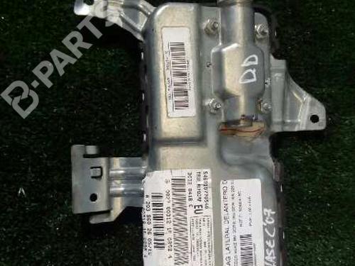 30320418C | Knæ Airbag C-CLASS (W203) C 220 CDI (203.006) (136 hp) [2000-2007] OM 611.962 578165