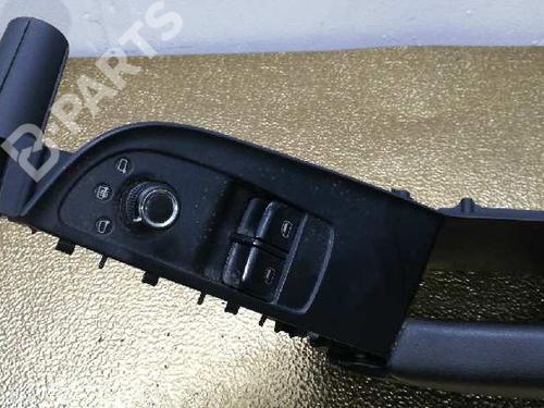 8K095965B | 8T2867174 | 8T2867172 | Højre fortil elrude kontakt A5 (8T3) 2.0 TDI (170 hp) [2008-2012] CAHA 1371892