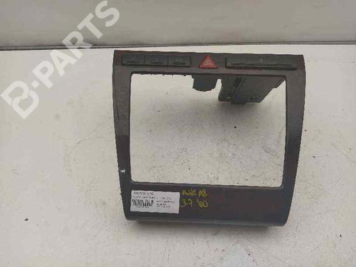 Instrumentbord AUDI A8 (4D2, 4D8) 3.7 quattro 4D0862533B | 4D0820325 | 27594044