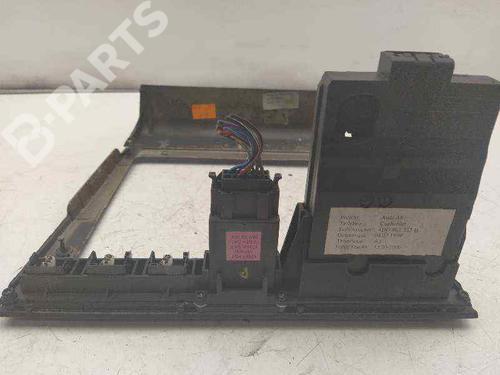 Instrumentbord AUDI A8 (4D2, 4D8) 3.7 quattro 4D0862533B | 4D0820325 | 27594046