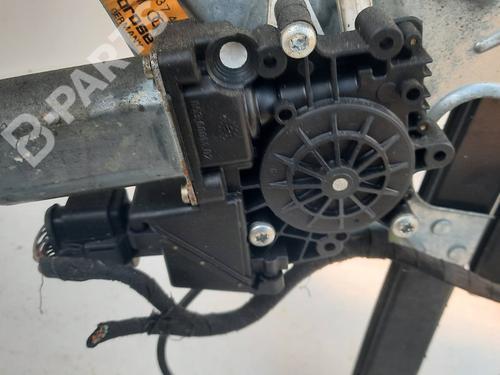 Elevalunas delantero izquierdo AUDI A3 (8L1) 1.9 TDI (110 hp) 8L3837491 |