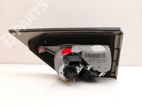 Farolim esquerdo BMW X3 (E83) 2.0 d 63213420203 8329382