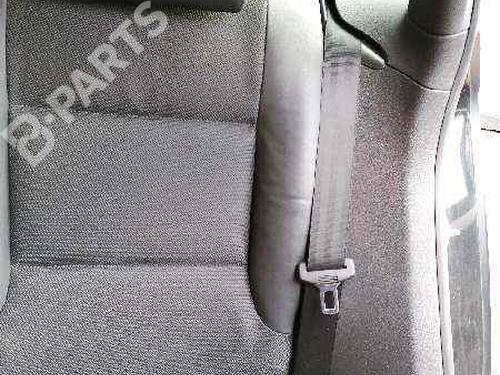 Pretensor trasero izquierdo AUDI A3 Sportback (8PA) 2.0 TDI 16V (140 hp) 8P0857805V04 |
