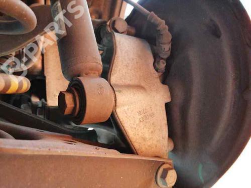 Venstre hjullagerhus spindel AUDI Q3 (8UB, 8UG) 2.0 TDI 3C0505436G | 3C0505224F | 27480312