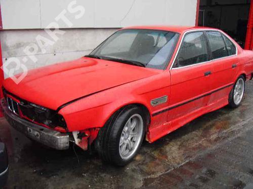 Radiador de água BMW 5 (E34) 535 i  27890074
